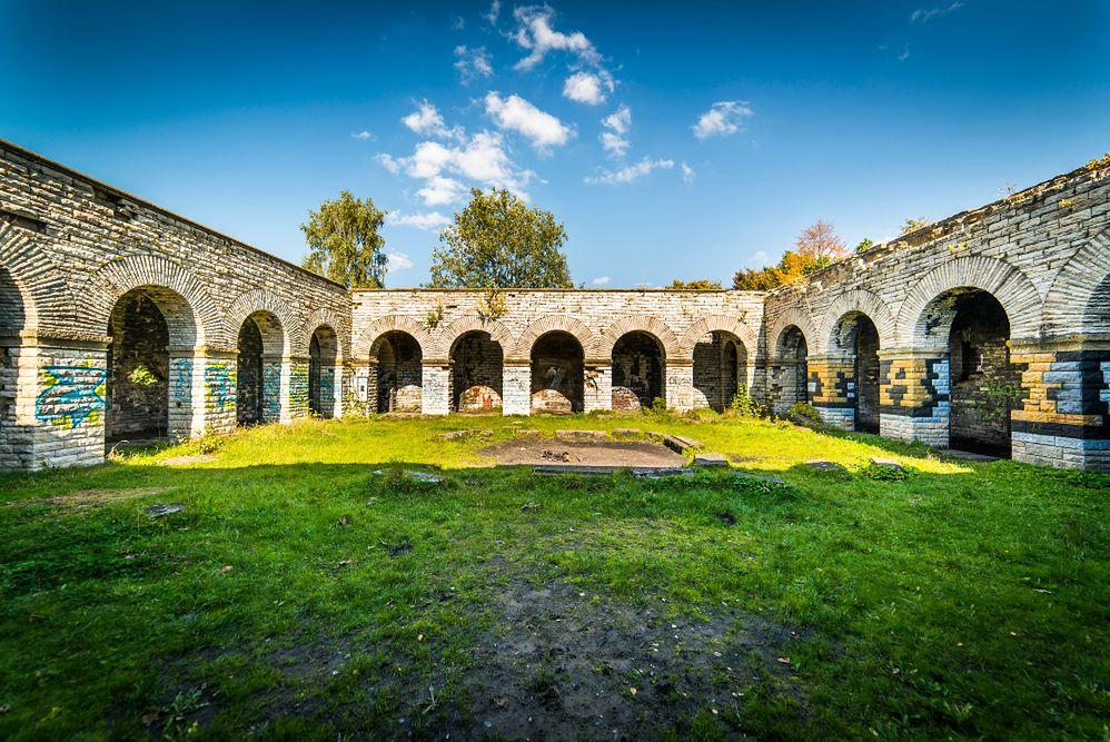 Nazistowskie mauzoleum w Wałbrzychu. Tajemniczy budynek owiany legendami