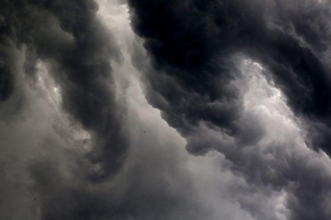 Pogoda na dziś. Deszcz i niskie temperatury w całej Polsce.