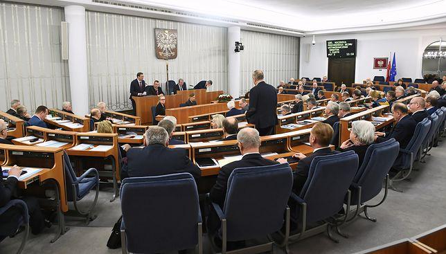 Senacka batalia o uchwałę upamiętniającą Pawła Adamowicza. Wygrał projekt PiS