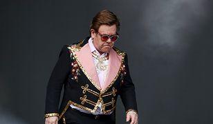 Elton John popłakał się na scenie. Przez chorobę musiał przerwać koncert