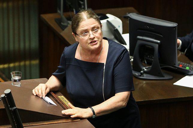 Rzeczniczka Parlamentarnej Grupy Kobiet Izabela Leszczyna dosadnie skomentowała słowa Pawłowicz o Macron