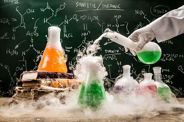 Chemia jest przedmiotem fakultatywnym na maturze