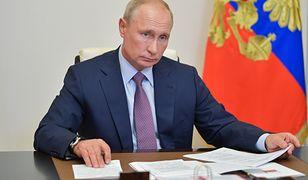 Rosja. Radny podarł portret Władimira Putina. Jest reakcja Kremla