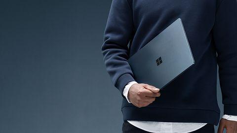 Surface Laptop w iFixit: tego urządzenia nie sposób naprawić