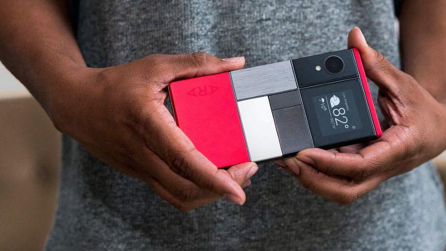 Facebook chce stworzyć własny modularny smartfon