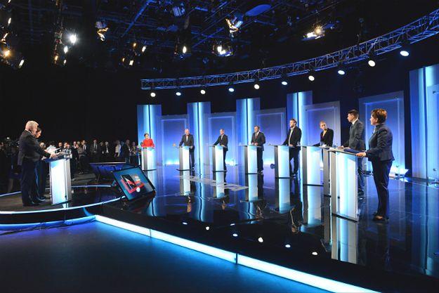 Eksperci o debacie liderów: przypominało to mszę. Kopacz praktycznie nie istniała