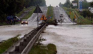 Nawałnica uderzyła w Wierzchowiska już raz - w 2005 r.