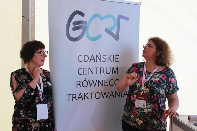 Dyskryminowanym, prześladowanym, pogardzanym pomaga Gdańskie Centrum Równego Traktowania