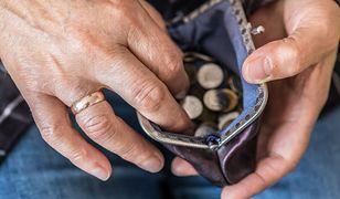 Podwyżki czynszów pochłaniają 13. emeryturę. Seniorzy się skarżą