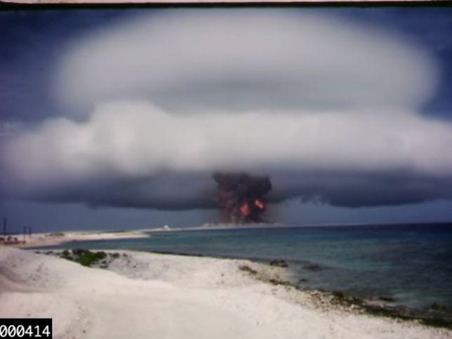 """""""Teraz stałem się Śmiercią, niszczycielem światów."""" - Robert Oppenheimer jeden z twórców bomby atomowej"""