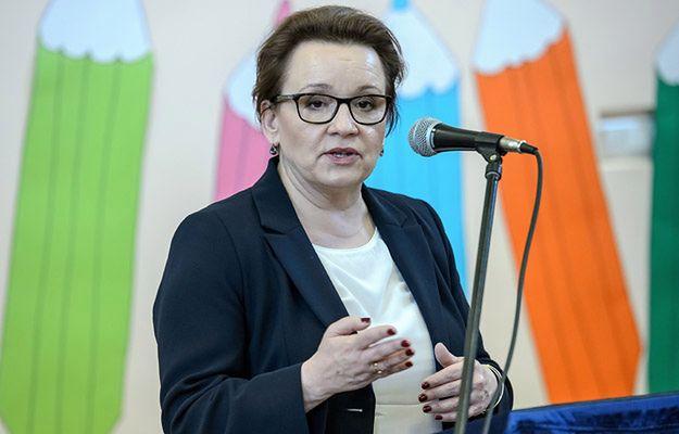 """Minister edukacji Anna Zalewska: nowa ustawa edukacyjna w grudniu. """"Mam wsparcie prezesa"""""""