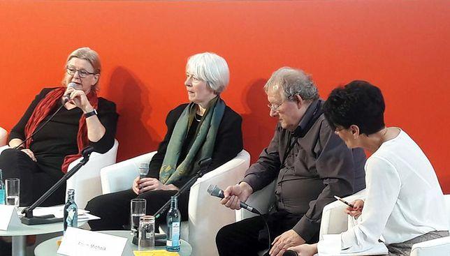 Adam Michnik podczas dyskusji na Lipskich Targach Książki