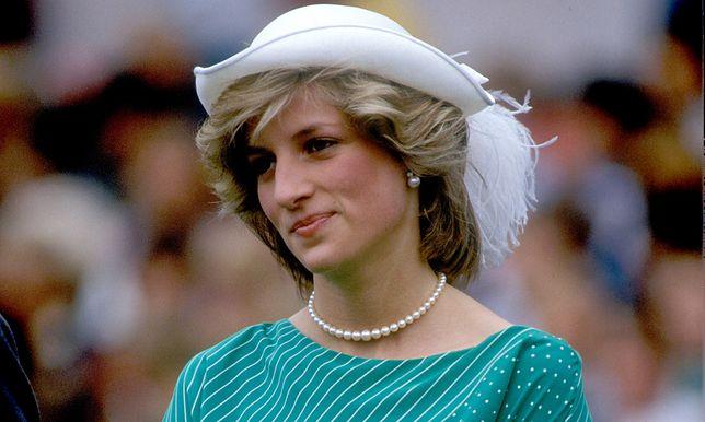 Księżna Diana szukała miłości i zrozumienia.