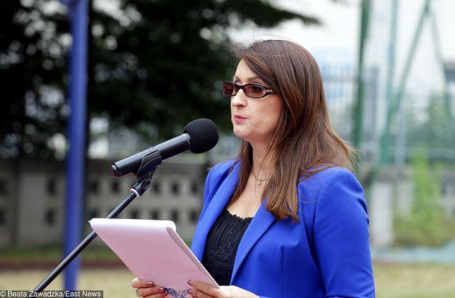 Renata Kaznowska podczas konferencji prasowej