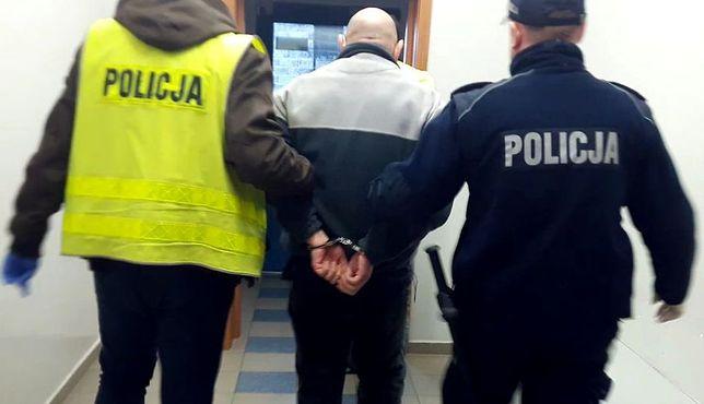 Policjanci zatrzymali poznaniaka, który ostatnie kilkanaście lat ukrywał się w Afryce