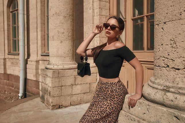 Drapieżne spódnice w panterkę, czyli modny sposób na ożywienie stylizacji - zobacz, jak je nosić latem!