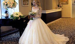 Temat sukni ślubnej podzielił internautki