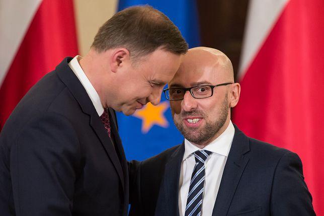 Prezydent Andrzej Duda i Krzysztof Łapiński, rzecznik prasowy prezydenta.