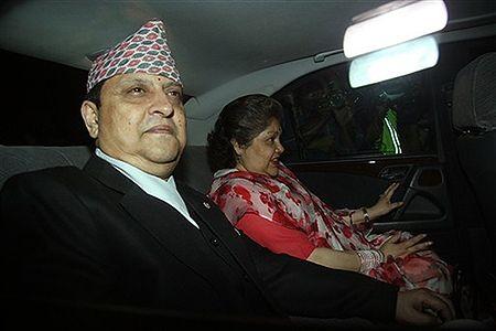 Koniec monarchii w Nepalu, król opuścił pałac