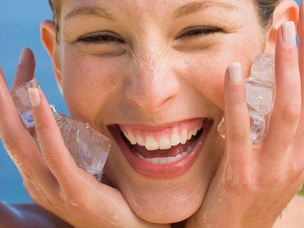 Wymrażanie zmarszczek to najnowszy trend zapobiegania efektom starzenia się skóry