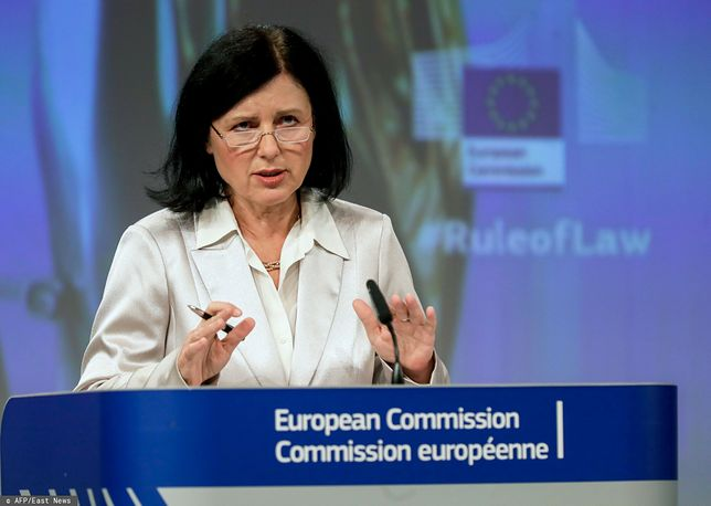 Komisja Europejska wzywa Polskę do wypełnienia postanowień TSUE. Vera Jurova, wiceprzewodnicząca KE