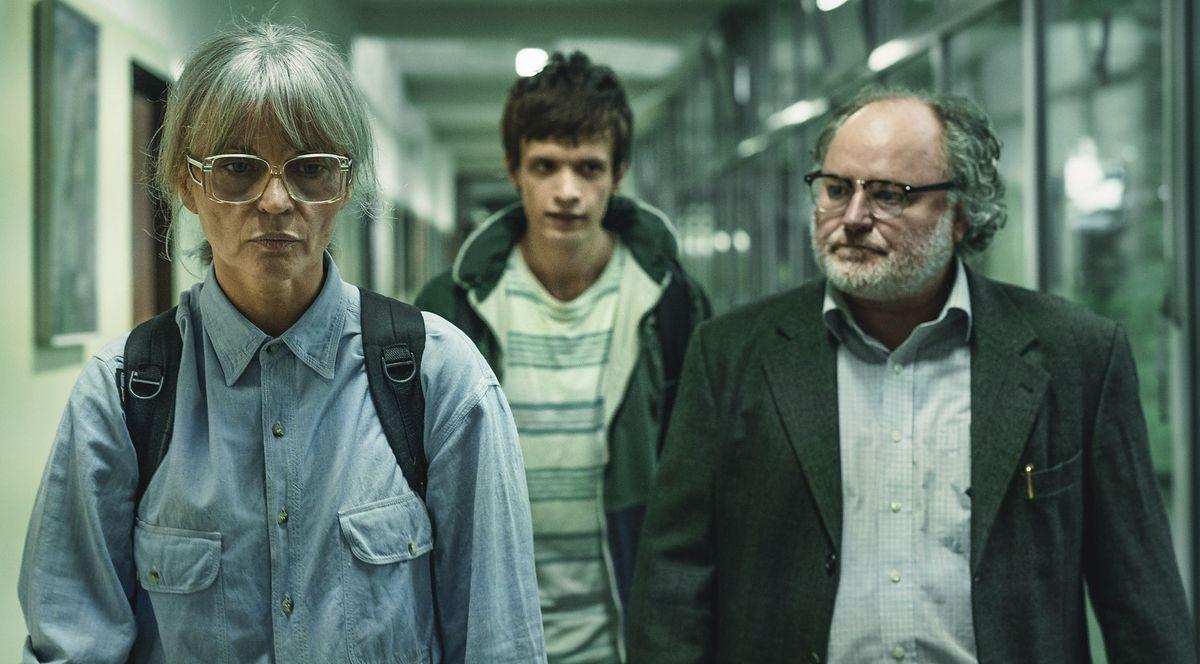 """""""Sonata"""" z Michałem Sikorskim, Małgorzatą Foremniak i Łukaszem Simlatem to jeden z ważniejszych filmów festiwalu w Gdyni"""