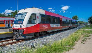 Przewoźnik Arriva obsługuje m.in. sezonowe połączenia do Helu