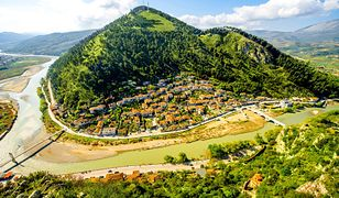 Albania na Bałkanach jest jednym z ciekawszych kierunków na Półwyspie Bałkańskim