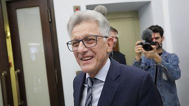 Odniosłem się do stwierdzenia przez TK niezgodności prawa UE z konstytucją - Prokurator stanu wojennego Stanisław Piotrowicz