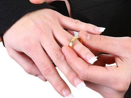 Nowy trend: recykling ślubnej biżuterii