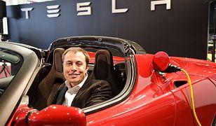 """Elektryczna rewolucja Elona Muska. """"Nie zdawaliśmy sobie sprawy, co robimy"""""""
