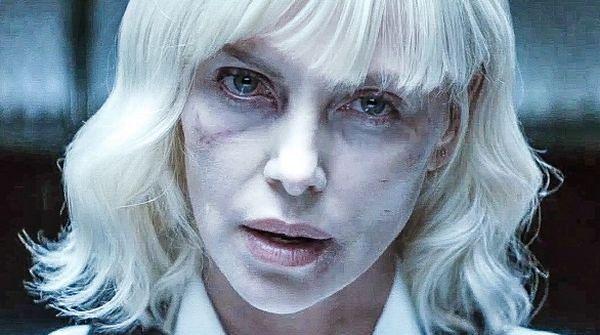 """""""Atomic Blonde"""": Nigdy nie ufaj blondynkom [RECENZJA]"""