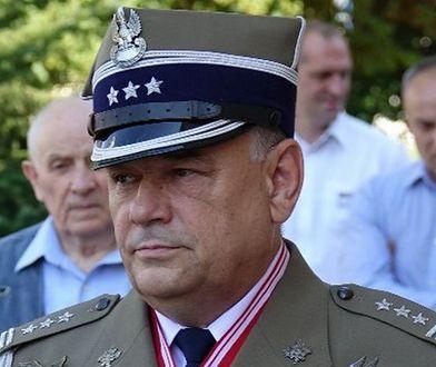 """Płk Adam Mazguła utracił odznaczenie """"Pro Patria"""". Odebrano mu medal za wypowiedzi o stanie wojennym"""