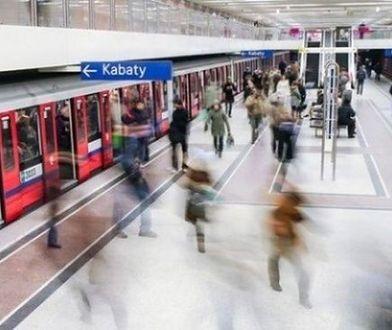 Kobieta wpadła na tory na Kabatach. Trzy stacje metra zamknięte