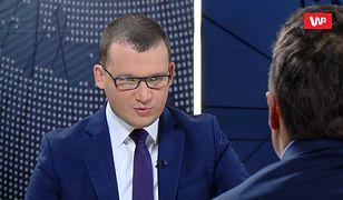 PiS wycofał projekt ws. 30-krotności ZUS. Wiceszef MSWiA Paweł Szefernaker tłumaczy