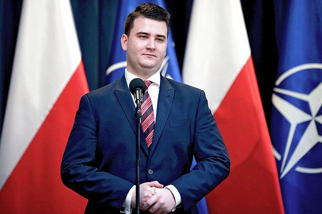 """Misiewicz szczerze o odejściu z PiS. """"Nie mam żalu do Kaczyńskiego"""""""