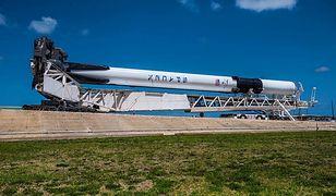 Rakieta Falcon 9 Block jest w drodze do KSC