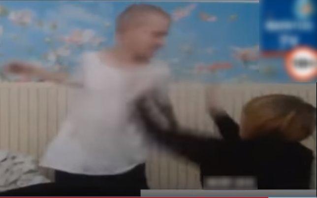 """""""Rafatus"""" bije swoją dziewczyną na żywo. Został zablokowany, ale """"shoty"""" nadal są na stronach YT"""