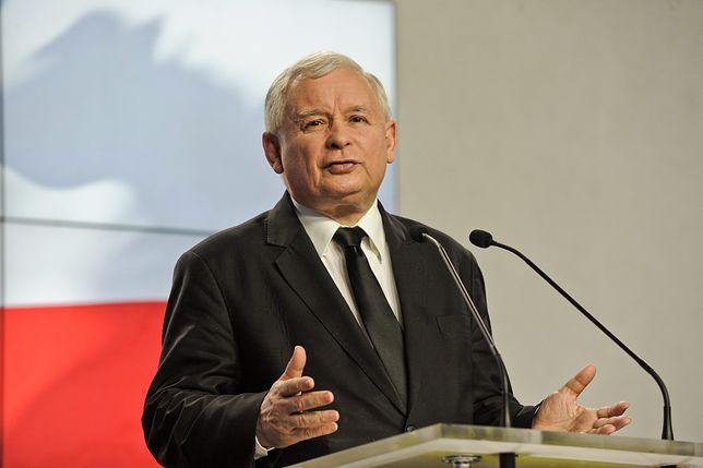 Jarosław Kaczyński. Prezes Prawa i Sprawiedliwości pracuje zdalnie