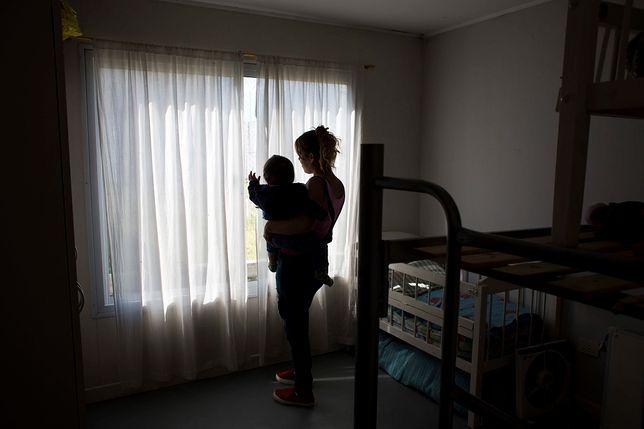 W Domu Samotnej Matki na Białołęce mieszka 12 mam i 29 dzieci.