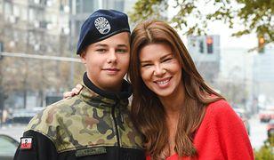 Allan Krupa chętnie pokazuje się z mamą