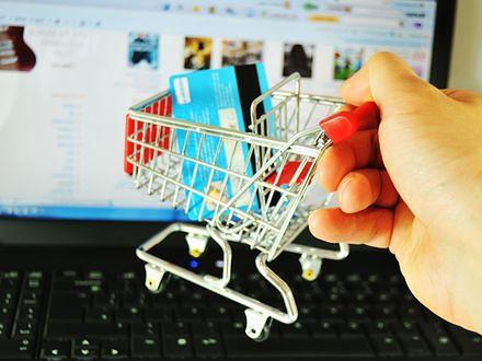 Bezpieczne zakupy przez internet oszczędzą nam czasu i pieniędzy