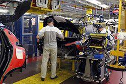 Produkcja aut w Polsce o połowę mniejsza niż pięć lat temu