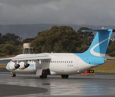 Samolot RJ-85 uderzył w latarnię na lotnisku w Perth w Australii