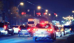 Na razie obowiązkowe wyposażenie auta osobowego obejmuje zaledwie 3 systemy