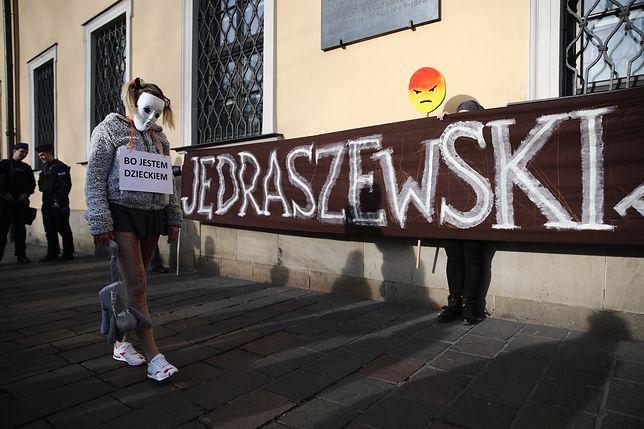 Kraków. Protest przeciwko abp. Markowi Jędraszewskiemu