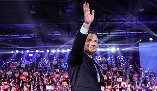 Wybory prezydenckie 2020. Prezydent Andrzej Duda ostatnio zaprezentował swój sztab. Wizerunek psuje mu Jolka Rosiek