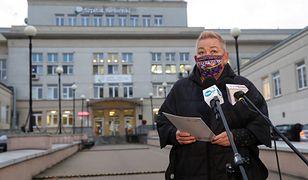 Warszawa. Konferencja prasowa przy Szpitalu Bielańskim