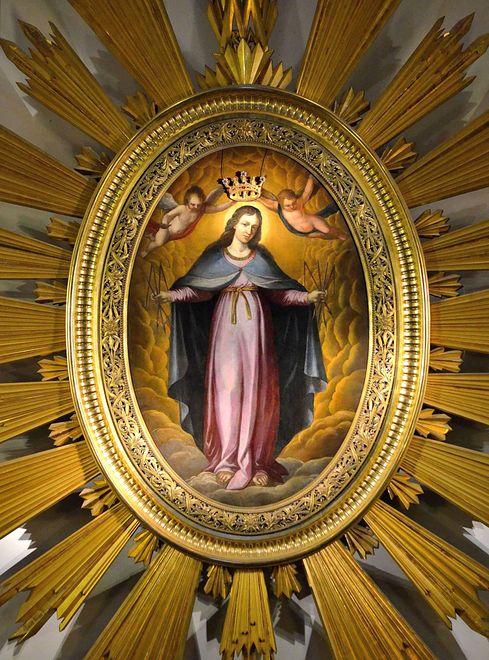 Rocznica Cudu nad Wisłą. Figura Matki Bożej Łaskawej stanie przy wjeździe do Warszawy
