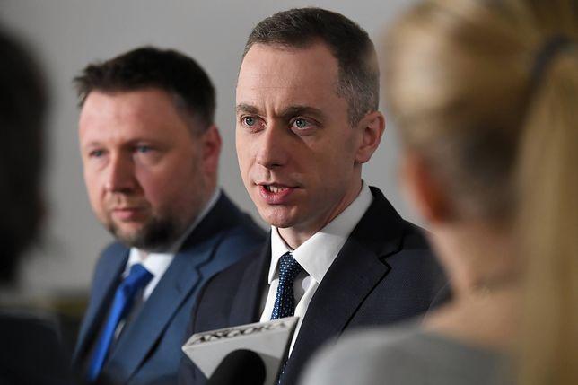 Koronawirus w Polsce. Politycy spierają się nt. właściwych w czasie epidemii działań